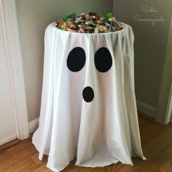 Scooby Doo - Ghost Tablecloth