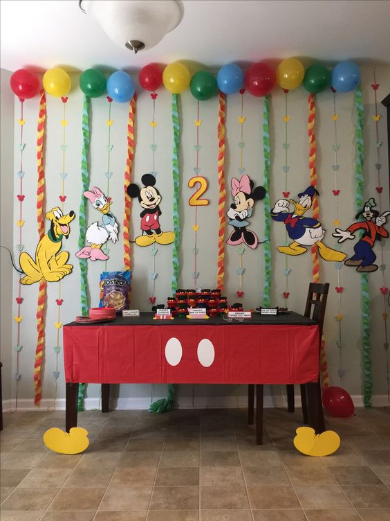 Mickey Mouse Table Decorations